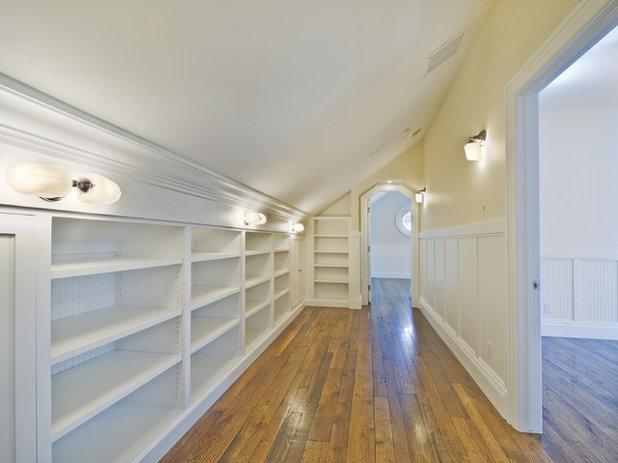 ankleidezimmer mit wow effekt oder auch ordnung ist das halbe leben. Black Bedroom Furniture Sets. Home Design Ideas