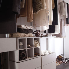 Eclectic Closet by Space Pro USA