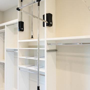 Ridd Residence-Master Closet