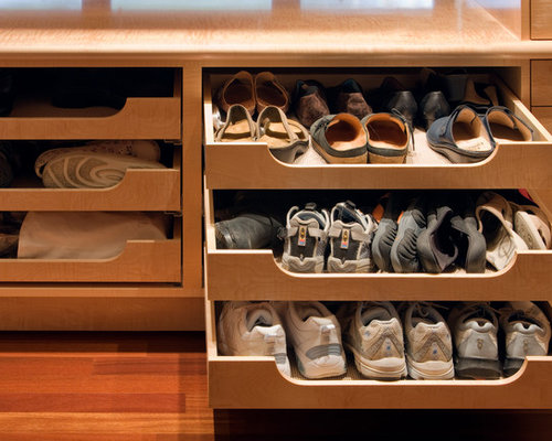 Pull-Out Shoe Shelf Home Design Ideas, Pictures, Remodel and Decor