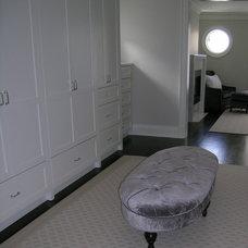 Modern Closet by Lisa Ferguson Interior Design