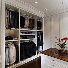 Contemporary Closet by Harvest House Craftsmen