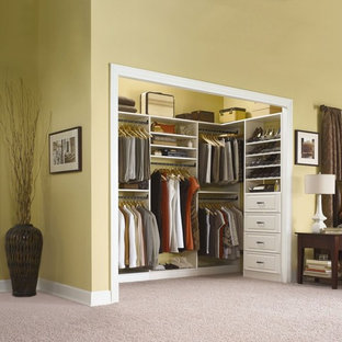Example Of A Closet Design In Phoenix