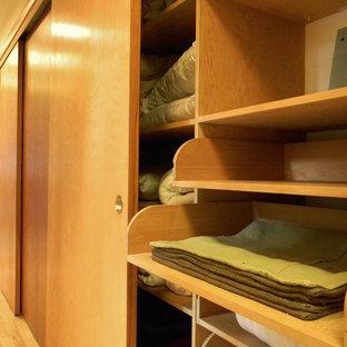Closet - 1950s closet idea in Seattle