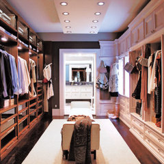 traditional closet by Marks & Frantz