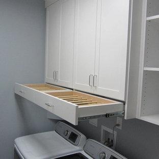 Idée de décoration pour un dressing et rangement craftsman.