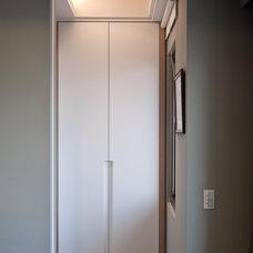 Contemporary Closet by PMK+designers