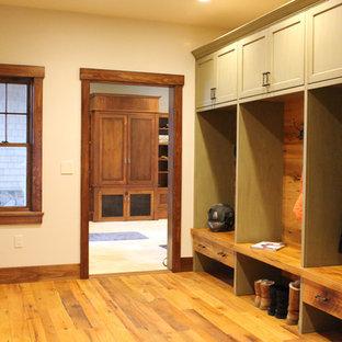 Example of a coastal closet design in Boston