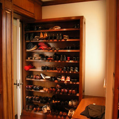 traditional closet by The French Tradition