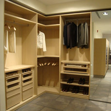 Contemporary Closet by Today's Kitchens