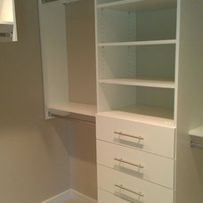 Contemporary Closet by STOR-X Vancouver