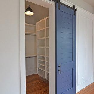 Ejemplo de armario y vestidor unisex marinero