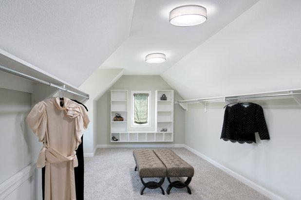 Contemporary Wardrobe by Solar Light