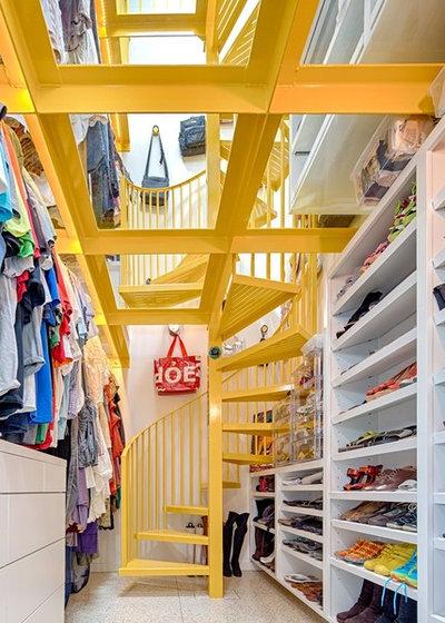 Contemporary Closet by Texana Builders