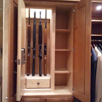 Stealth shotgun / rifle locker