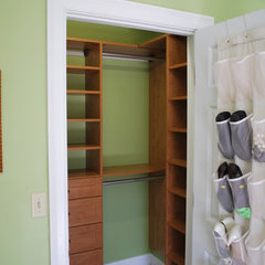 contemporary closet by Stephanie Bonini