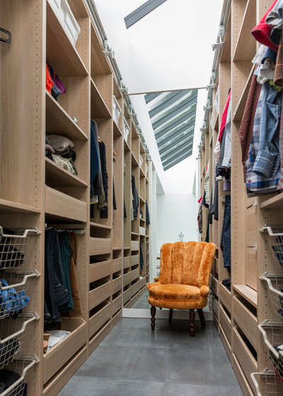 Contemporary Closet by Vallely Architecture