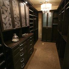 Closet by Design Tech Homes
