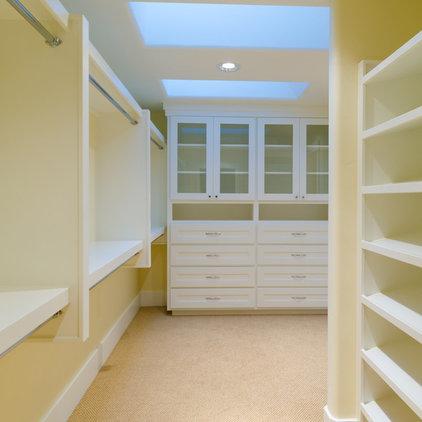 Contemporary Closet by Pahlisch Homes, Inc.