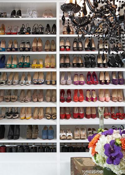Modern Ankleidezimmer By Lisa Adams, LA Closet Design