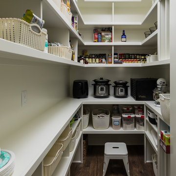 The Oakcrest - Kitchen Pantry
