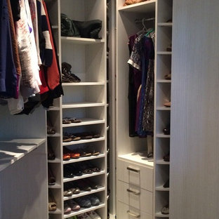 Closet - modern closet idea in Miami
