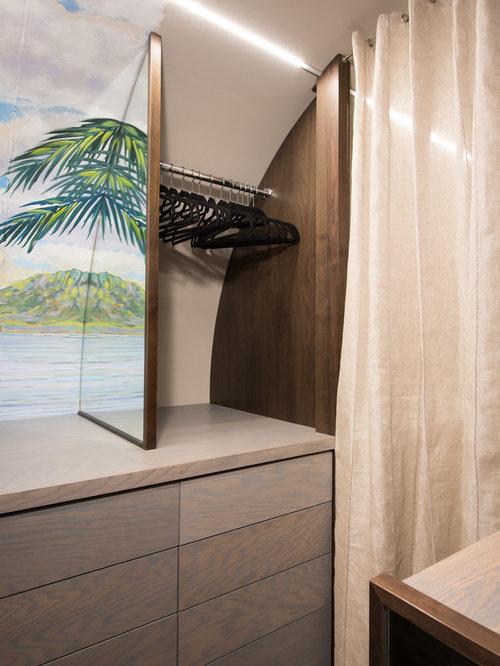 Gender-Neutral Closet Design Ideas, Remodels & Photos with Vinyl Floors