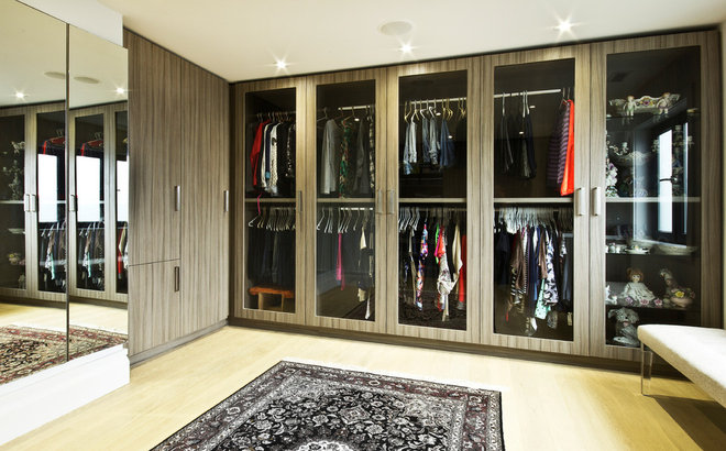 Modern Closet by Affecting Spaces