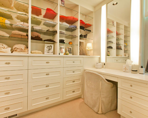 Built In Makeup Vanity Ideas Houzz