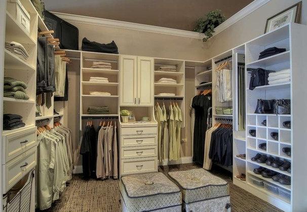 Traditional Closet Traditional Closet