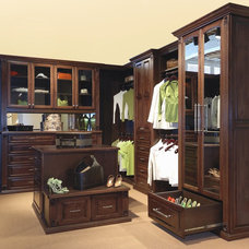 Traditional Closet Traditional Closet