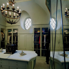 Traditional Closet by Pursley Dixon Architecture