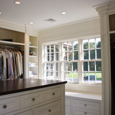 Traditional Closet by 1 plus 1 design