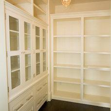 Contemporary Closet by Robert Baumann, Architect