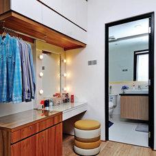 Contemporary Closet by Vindo Design