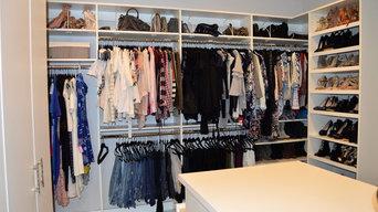 Ventura Walk-in Closet
