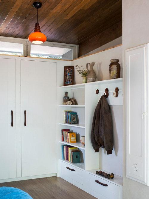Best Midcentury Reach In Closet Design Ideas Remodel