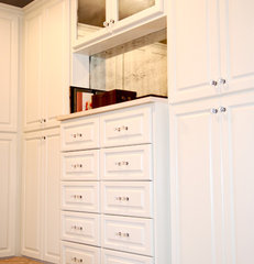 traditional closet by Lovette Construction