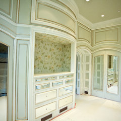traditional closet by G Family, Inc.