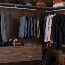Modern Closet by California Closets Fort Lauderdale