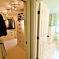 Contemporary Closet by Steinberg Custom Designs
