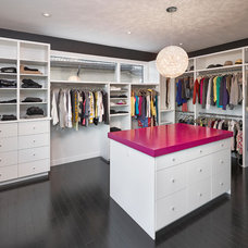 Contemporary Closet by Habitat Studio