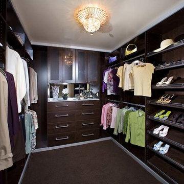 Walk-In Closet Organizers