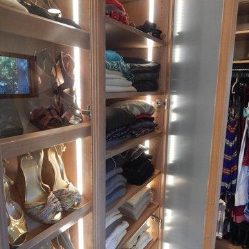 Walk In Display Closet