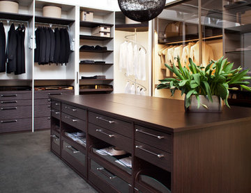 Wardrobe by Studio Becker of Sydney