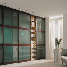 Contemporary Closet by Studio Becker by Troy Adams