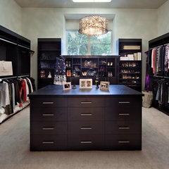 contemporary closet by Dave Brewer Homes
