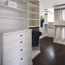 Closet by Murphy Brothers Contracting