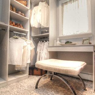 Woodbury Master Bedroom Walk-in Closet