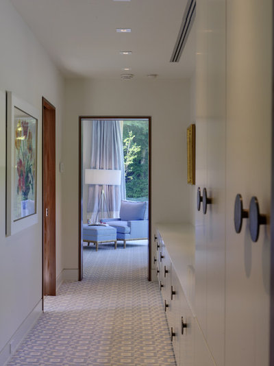Contemporary Closet by Ziger Snead Architects